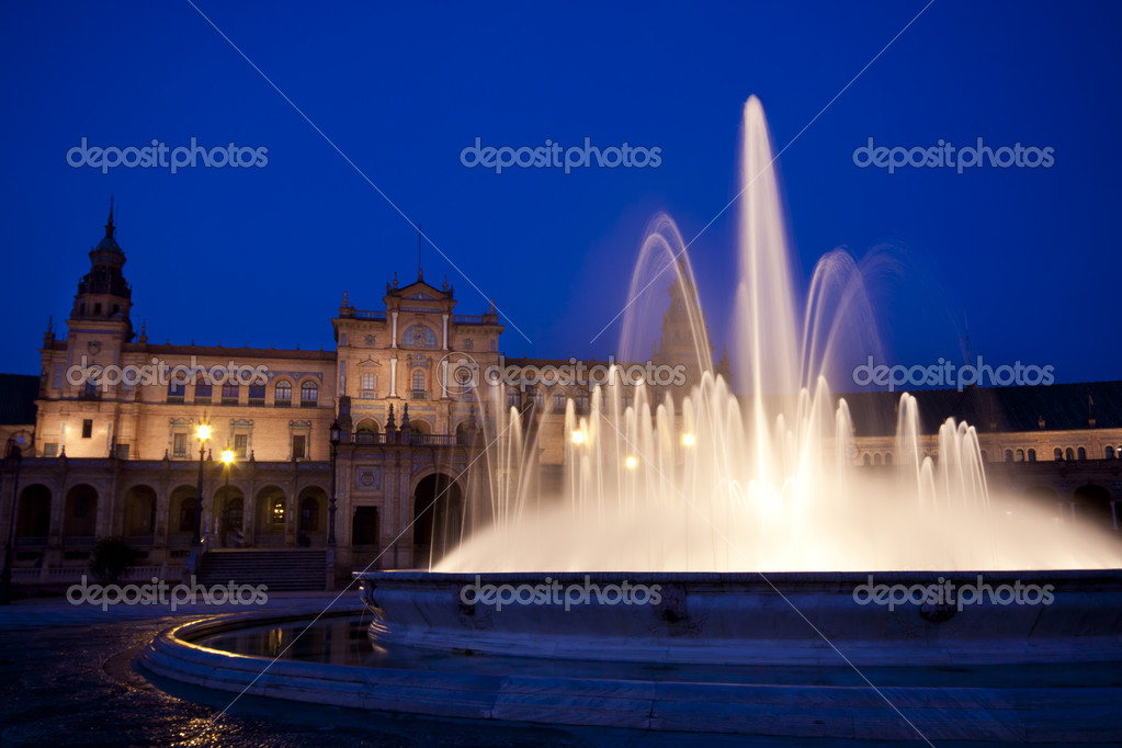 A view of the Plaza de Espana in Seville at dusk, Spain — Stock Photo #6842722