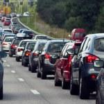 satırlarla otomobillerin trafik sıkışıklığı — Stok fotoğraf