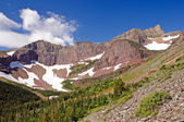 Red Peaks in the Wilds — Stock Photo