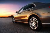 Achter-en zijaanzicht van auto — Stockfoto