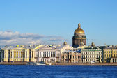 View of the St.Petersburg, St. Isaac's Cathedral — Stock Photo
