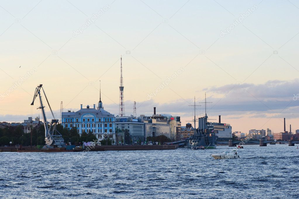 View of the Neva river in St.Petersburg, Russia. Evening. — Stock Photo #6877383