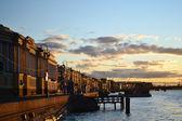 在日落,圣彼得堡的英语路堤 — 图库照片