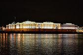 ночная точка зрения из санкт-петербурга. — Стоковое фото