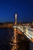 Night view of Blagoveshchensky Bridge in St Petersburg — Stock Photo