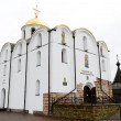 Building orthodox cathedral in central part of Vitebsk — 图库照片