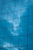 Sky reflect in building mirror — Stock Photo