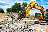 Concrete Crusher at work — Stock Photo