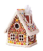 Homemade gingerbread house — Stock Photo