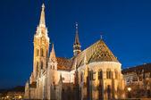 Matthiaskirche bei nacht — Stockfoto