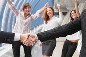 Hand shake of two businessmen — Stok fotoğraf