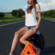 Young girl on the road car problem — Stock Photo