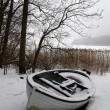 Foggy winter boat — Stock Photo