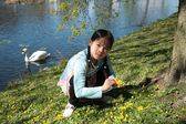 Child in flower — Foto Stock