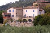 法国农村建筑的加尔省部 — 图库照片