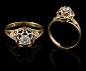 Anello in oro con diamante — Foto Stock