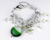 Chain bracelet — Stock Photo