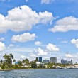 View to beautiful houses from the canal in Fort Lauderdale — Stock Photo #7195685