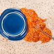 Dropped plate of spaghetti on carpet — Stock Photo