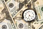 Zegar na gotówkę — Zdjęcie stockowe