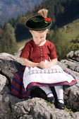 Little girls in Bavarian pray — Stock Photo