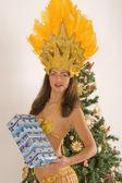 Filles de samba avec des colis de noël — Photo