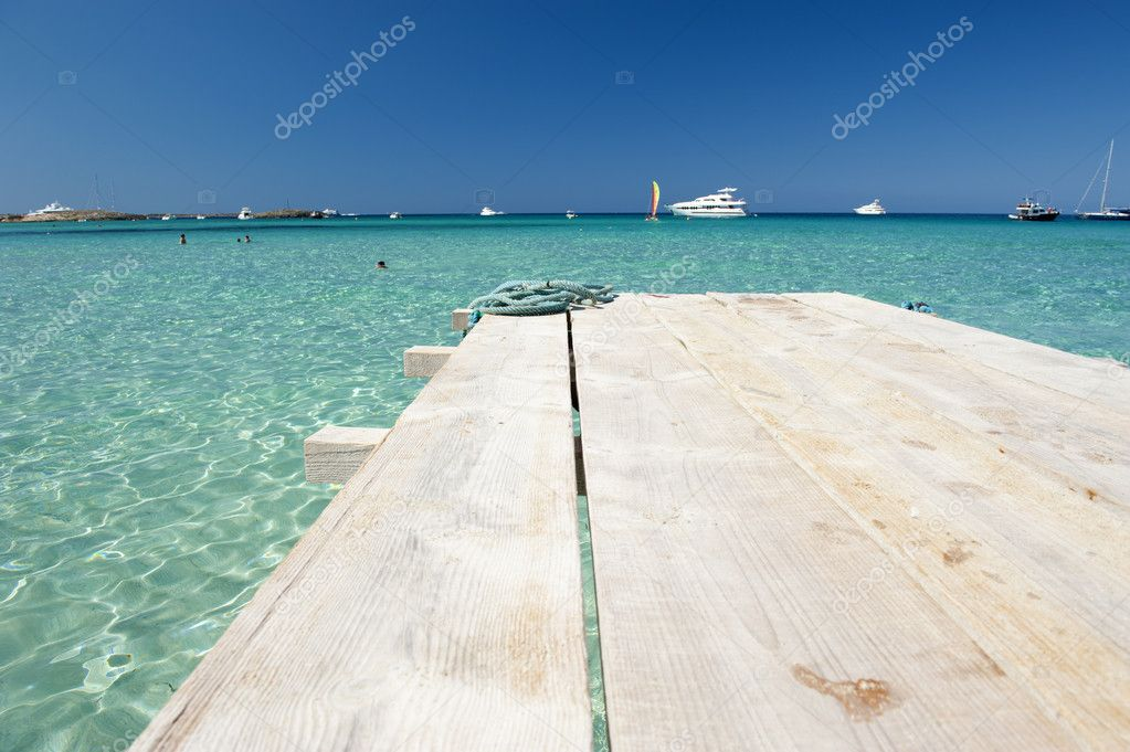 Small wood pier in Balearic Islands — Stock Photo #7249352
