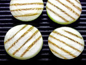 Grilled onions — Stock Photo