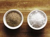Salz und pfeffer — Stockfoto