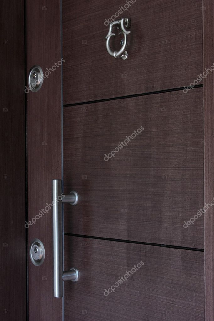 Wood door — Stock Photo #6986445