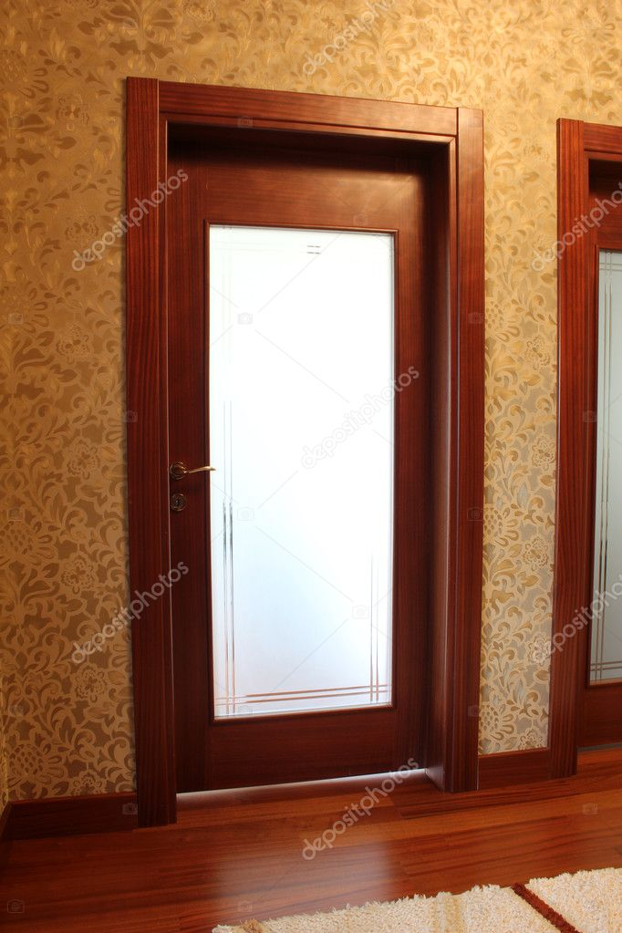 Wood Door — Stock Photo #7780153