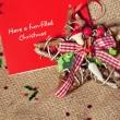 Kerstmis briefkaart met de beste wensen met rustieke decoratie — Stockfoto