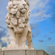 Close up of South Bank Lion statue on Westminster Bridge in London — Stock Photo