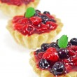 Three fresh blackberry and raspberry cakes — ストック写真