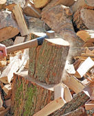 Firewood with axe — Stock Photo
