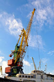 The large industrial crane — Stock Photo