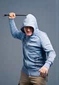O retrato de um bandido agressivo — Foto Stock