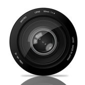 Eye in Camera Lens — Stock Vector