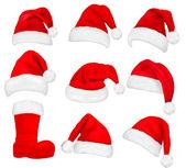 Stor uppsättning röda santa hattar och boot. vektor. — Stockvektor