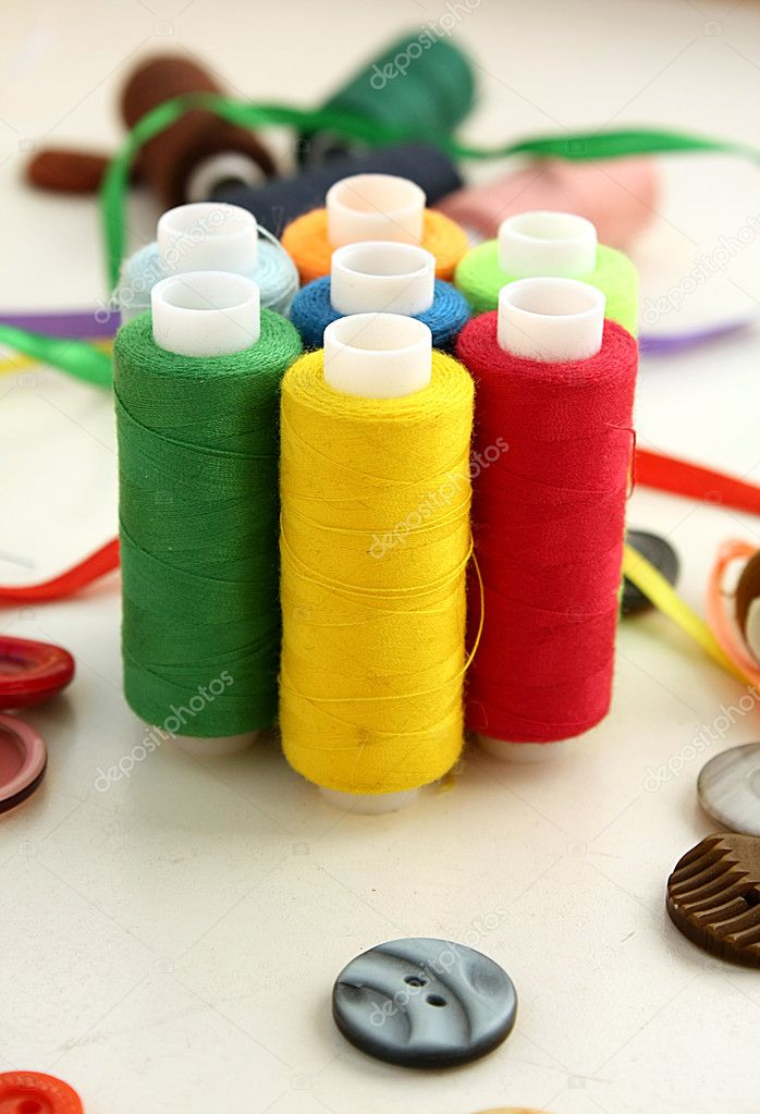 Color threads — Stock Photo #7317238