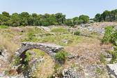 Antique Roman amphitheater in Syracuse — Stock Photo