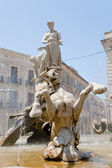 Fontana in piazza archimede a siracusa — Foto Stock