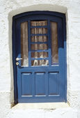 Blå dörren i parikia byn — Stockfoto
