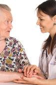 Médico e uma avó — Foto Stock