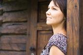 красивая женщина на открытом воздухе — Стоковое фото