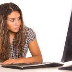 Nice girl at computer — Stock Photo #6877657