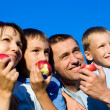 Family and apples — Stockfoto