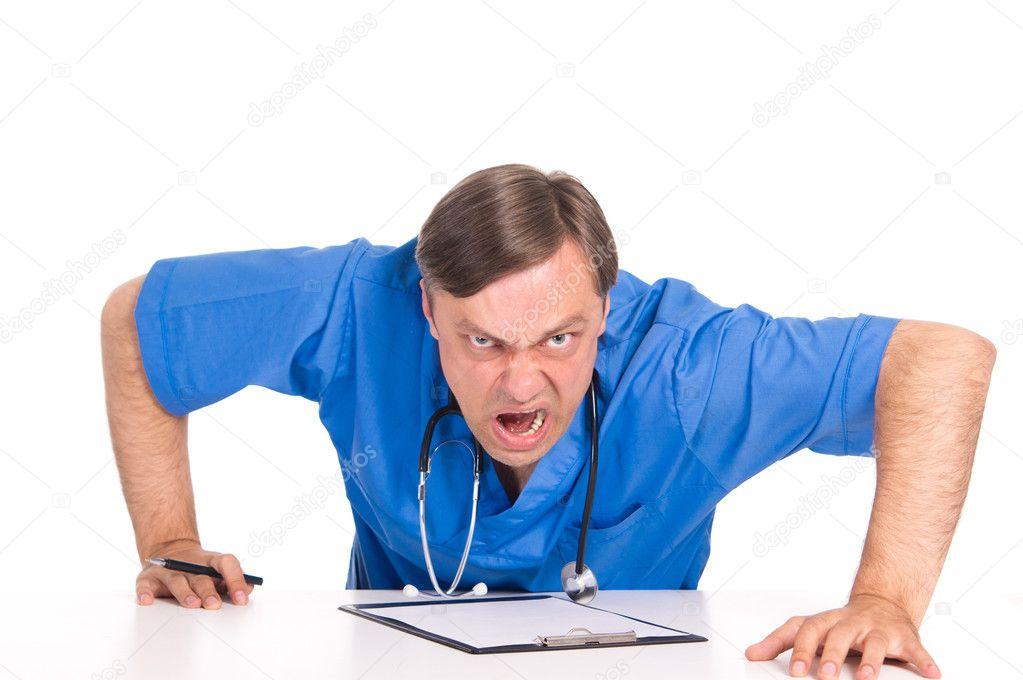 злые врачи фото