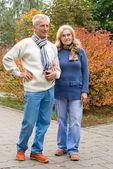 在公园的老夫妇 — 图库照片