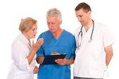 Trzech lekarzy pozowanie — Zdjęcie stockowe